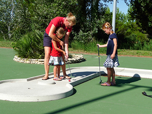 mini golf camping fontisson
